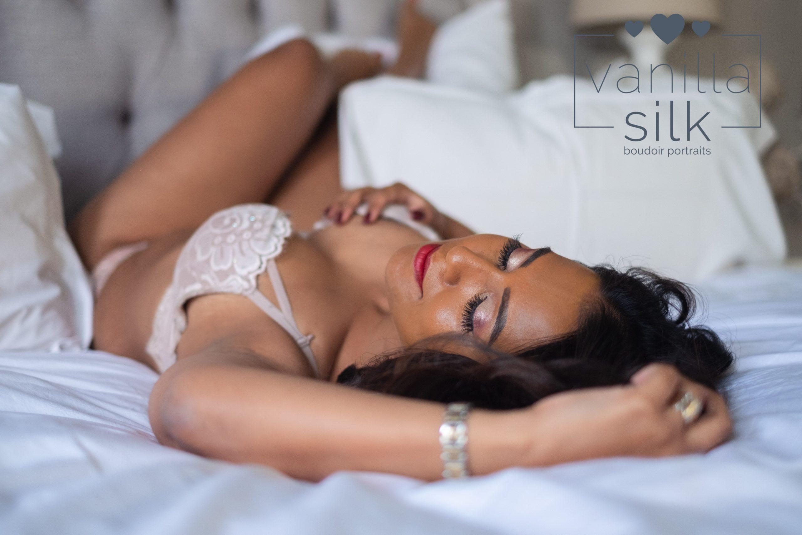 Vanilla-Silk-Boudoir-photographer_1040